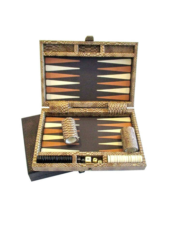 AC07_Backgammon_set